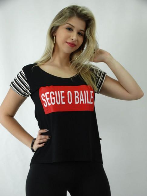 T-shirt em Viscolycra Estilo Mullet Segue o Baile [1809122]