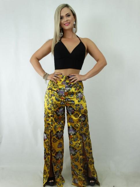 Calça Pantalona com Fendas em Cetim Amarelo Estampado [1901224]
