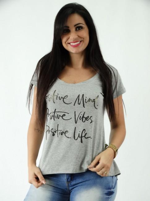 T-shirt em Viscolycra Mullet Estampa Cinza Mescla Positive