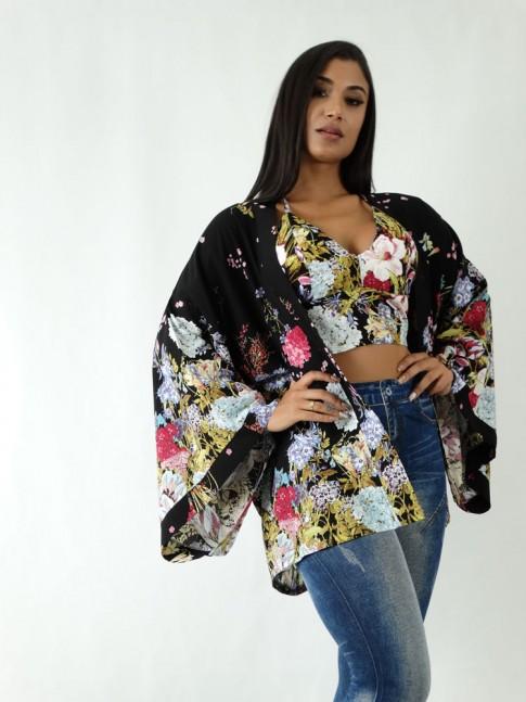 Kimono em Viscose Preto Flores [1904177]