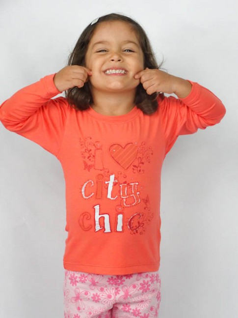 Blusa infantil estampa city chic