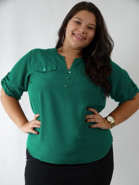 Blusa em Viscose Decote V com Botões Plus Size Verde Esmeralda [1908004]