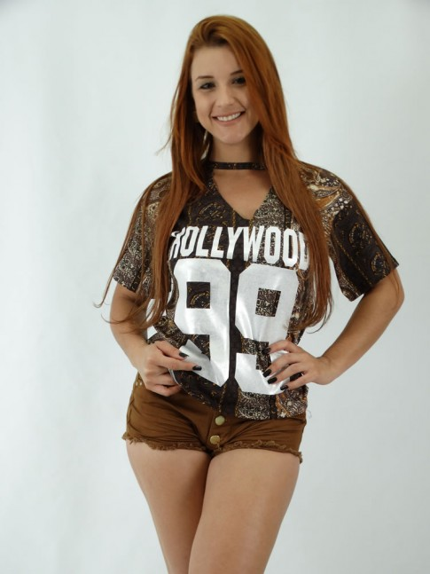 T-shirt em Viscolycra Recorte V no decote Hollywood 99