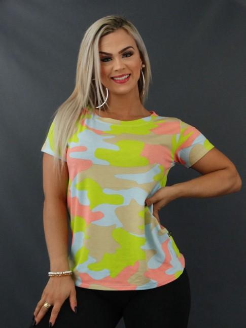 Blusa T-shirt Estampada em Viscolycra Camuflado Bege Verde e Rosa [2103149]