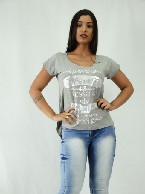T-shirt em Viscolycra E preciso amar