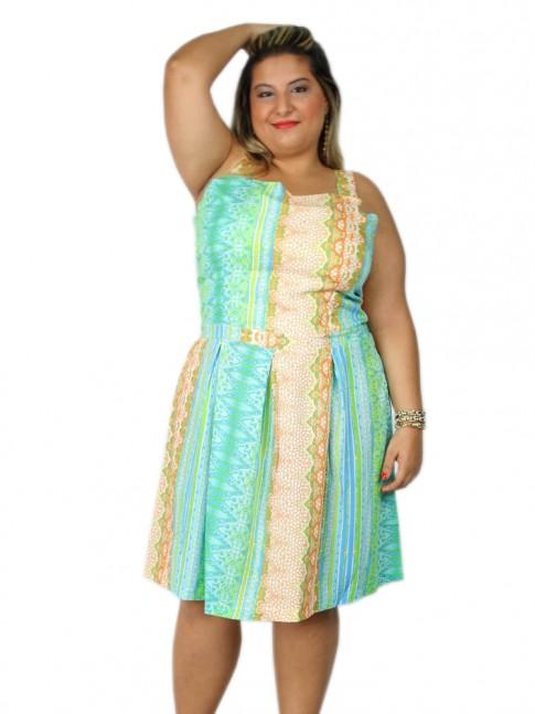 Vestido de viscose com prega na saia plus size estampa floral