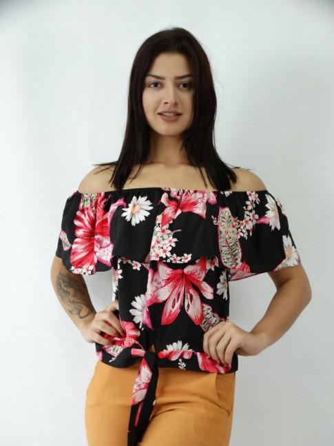 Blusa Ciganinha em Viscose com Amarracao Preto com Flores