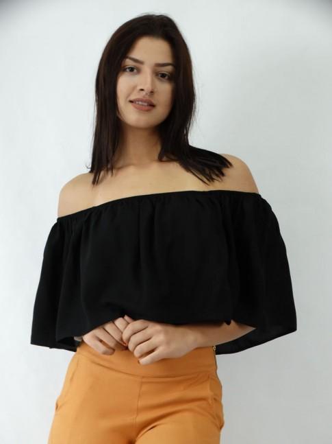 Blusa Cropped em Viscose Ciganinha Sobreposta Lisa