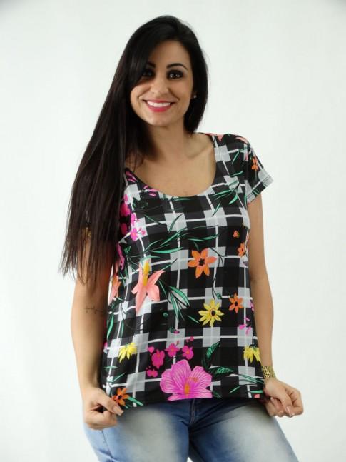 T-shirt em Viscolycra Mullet Estampada Xadrez Azul Flores