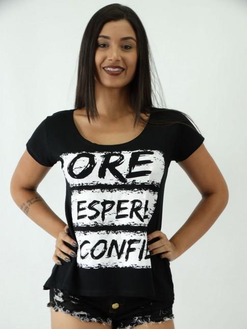 T-shirt em Viscolycra Mullet Estampa Ore Espere Confie