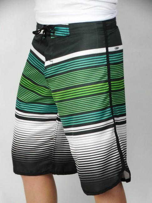 312-Bermuda masculina em microfibra sublimada com viés lateral listrada preto, branco e tons de verde