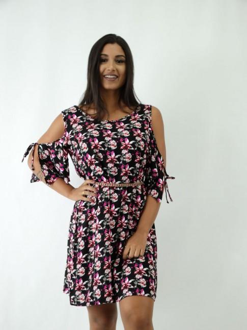 Vestido em Viscose soltinho Manguinha com Abertura Preto Flores Rosas