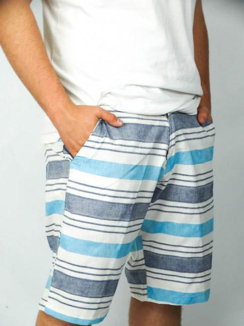 312-Bermuda cargo em brim com bolsos lateral e tras. listrada branco e tons azul