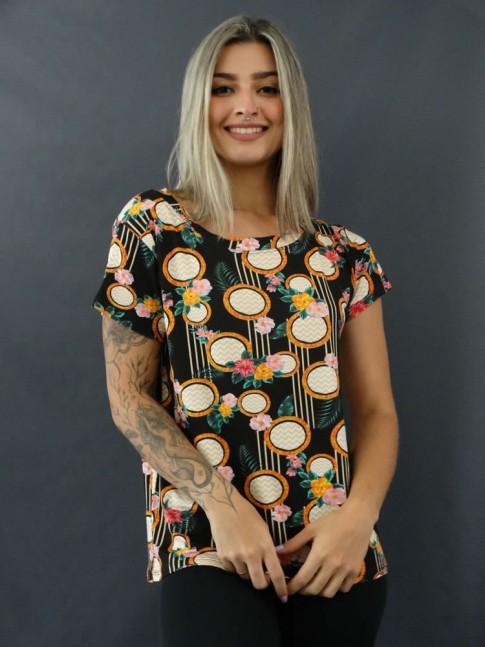T-shirt Estampada em Viscolycra Preto Étnico Flores [2012051]