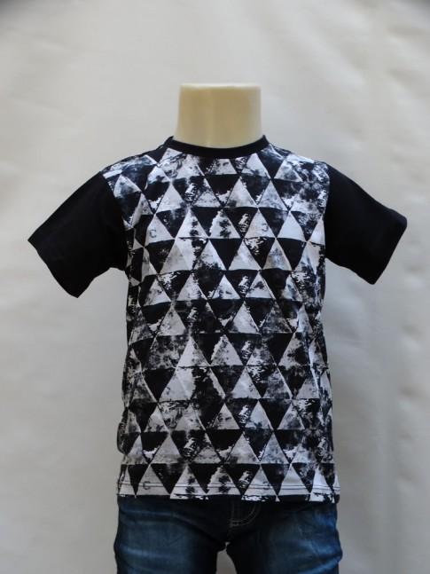 311 - T-shirt Infantil em Malha Preta Triângulos