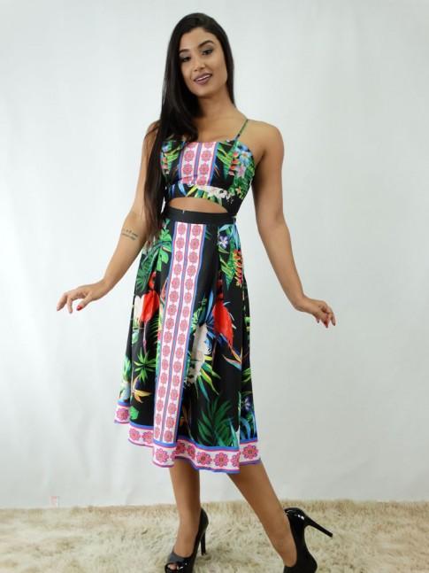 34415b06f Vestido em Viscose Frente com Recorte Preto Flores  1812099  - Moda Na Web  - Roupas no atacado para quem deseja revender roupas e comprar roupas no  atacado ...