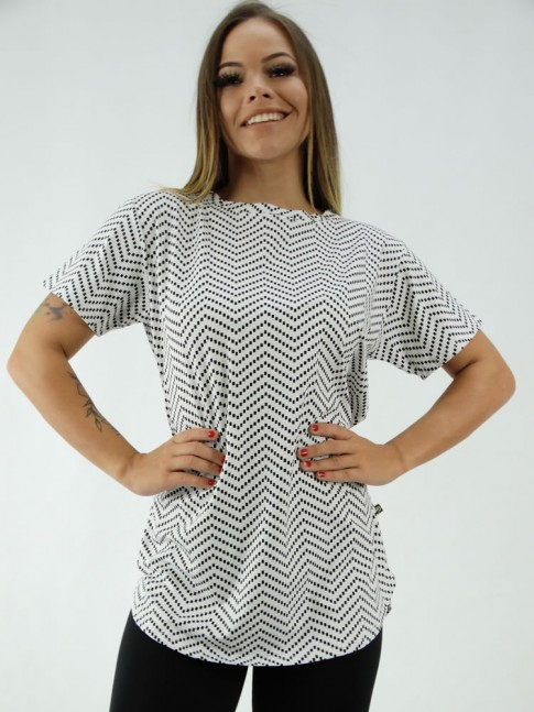 T-Shirt Mullet Sobre Legging em Viscolycra Branco Geometrico Preto [2001301]