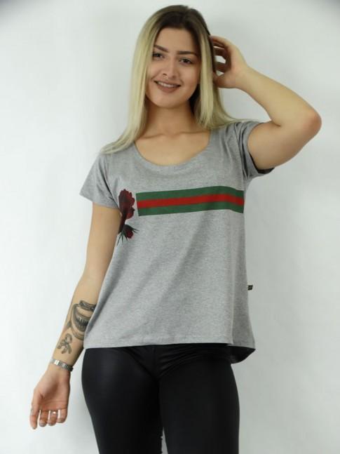 T-shirt em Viscolycra estilo Mullet Estampa Faixa e Rosa