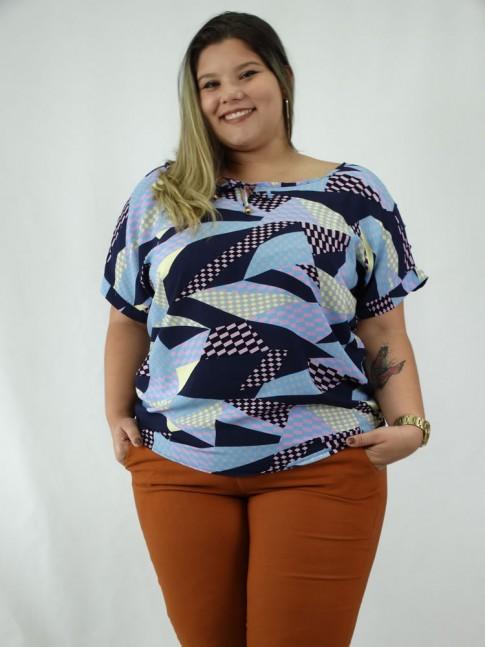 Blusa em Viscose Plus Size Amarracao Manga Vazada Etnico Azul