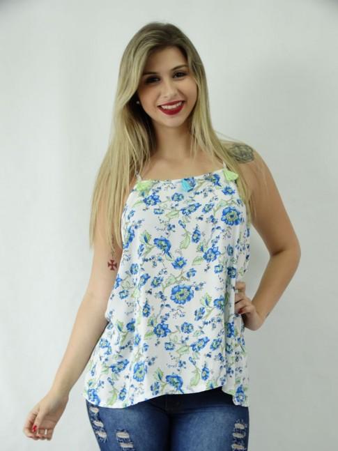 Blusa em Viscose com Penduricalhos Branco Flores Azuis [1810145]
